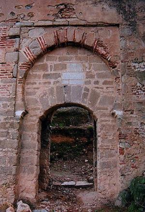 Puerta de la Coraxa o de la Traición