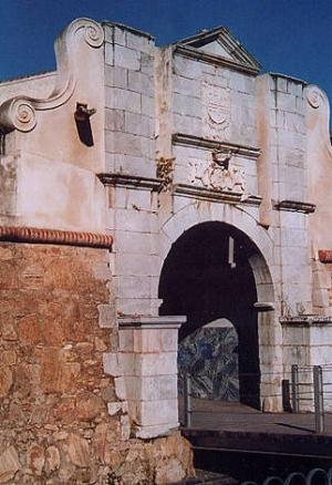 Puerta del Pilar