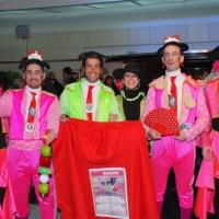 Grupo disfrazado en el López de Ayala el día de la final