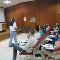 Mayo 2013.- Sesión grupal acción formativa Limpieza de superficies y mobiliario en edificios y locales.
