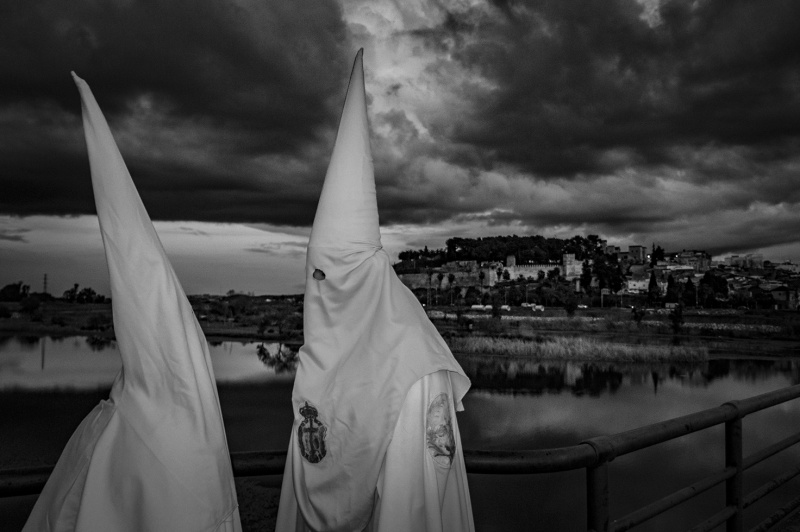 Relaci�n de ganadores y seleccionados del XIX Certamen de Fotograf�a sobre la Semana Santa