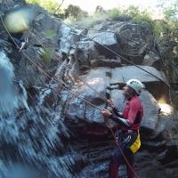 Descenso de barranco y espeleología - 12