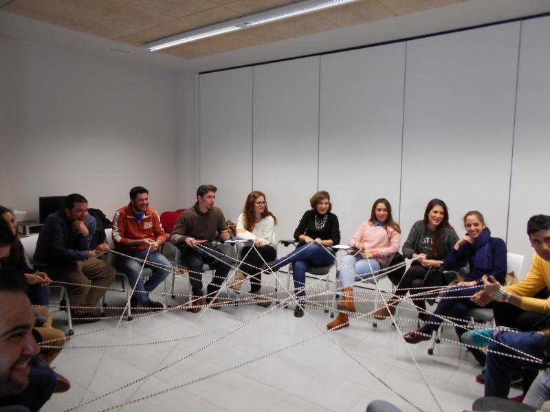 20 j�venes aprenden a buscar trabajo en equipo en la primera Lanzadera de Empleo de Badajoz