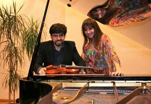 Víctor Correa-Cruz & Paloma González