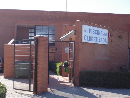 Fundaci n municipal de deportes ayuntamiento de badajoz for Piscina municipal san roque