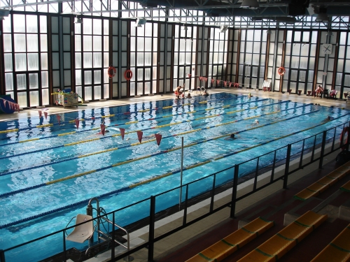 Fundaci n municipal de deportes ayuntamiento de badajoz for Piscina climatizada teruel